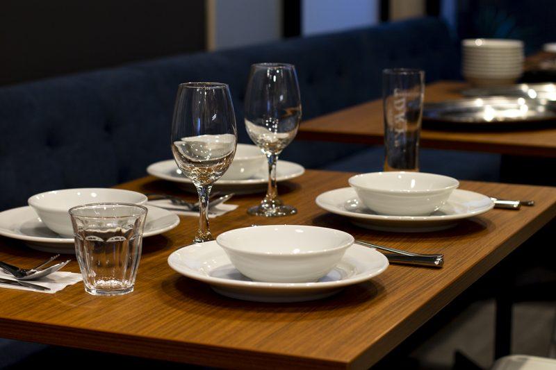 コトモノカフェ 皿やグラス